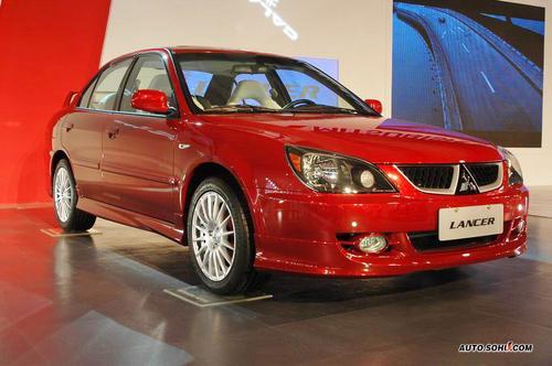2007年11月12日,蓝瑟运动版上市,在北京车展正式亮相的蓝瑟高清图片