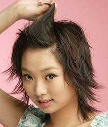 短发:巧用短发让女性可爱v短发-眼镜-发型发型鬓角压发夹怎么办图片