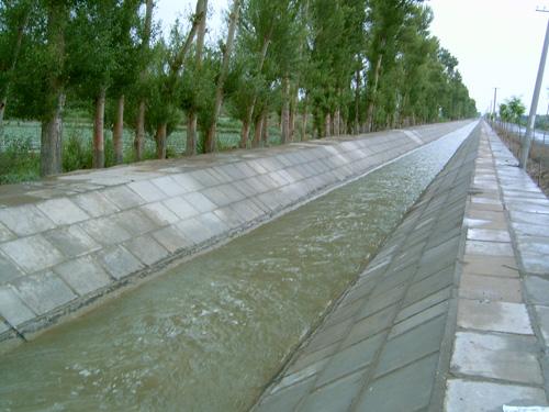 水利 渠道设计图