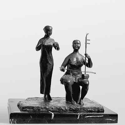 许鸿飞雕塑艺术展:世俗真实与艺术提升