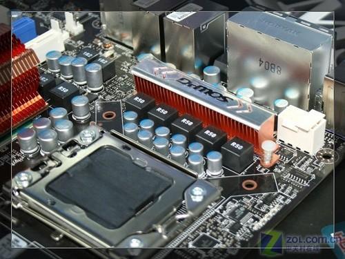 送摄像头 微星X58主板白金i7套装4999元图片