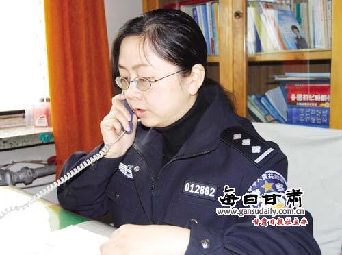 干女刑警_1988年,警校毕业后,她被分配到安宁分局刑警队工作,8年的刑警生涯,使