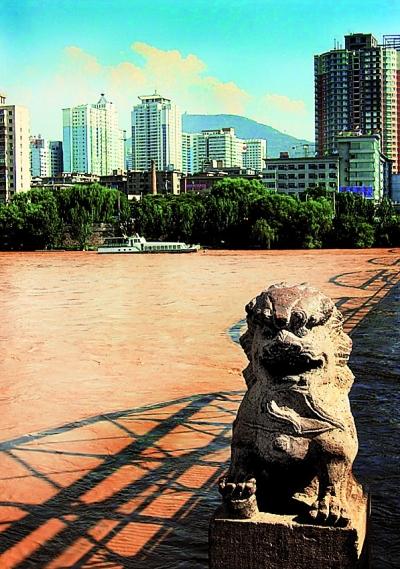 兰州黄河铁桥作文_中山铁桥百年庆典的深层意义-黄河铁桥|百年|庆典|意义-每日甘肃