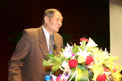 宁夏回族研究所马平研究员   河南 副省长秦玉海、省政协副主席王平