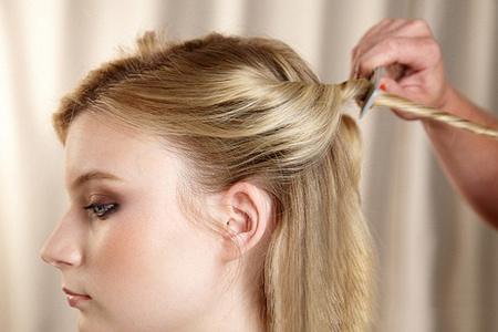 5个动作 头发提升魅力100%图片