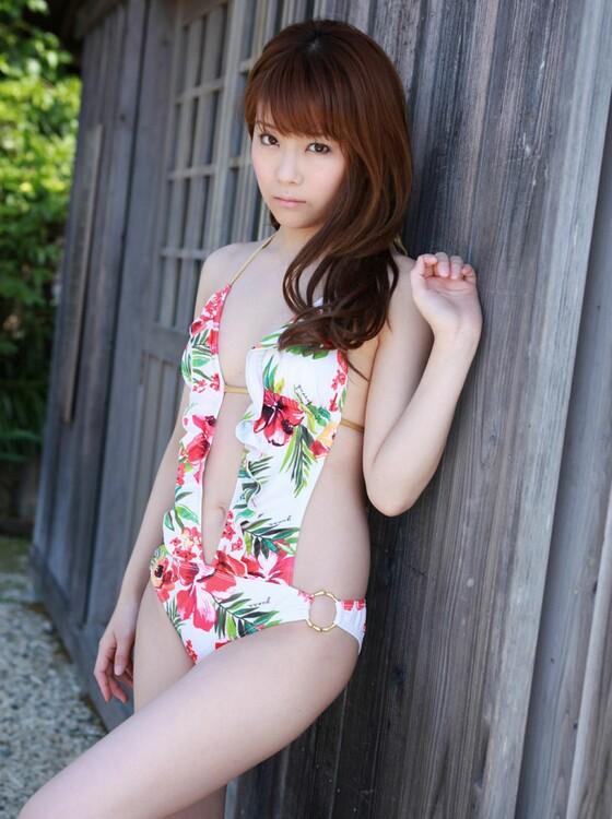 泳衣美女娇嫩无比 原来是性感护士 泳衣