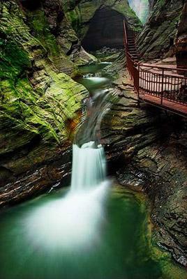 潭大峡谷神奇的自然景观-龙潭大峡谷 春游奇险灵秀的中原小三峡