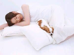 女性睡姿不正确会致不孕