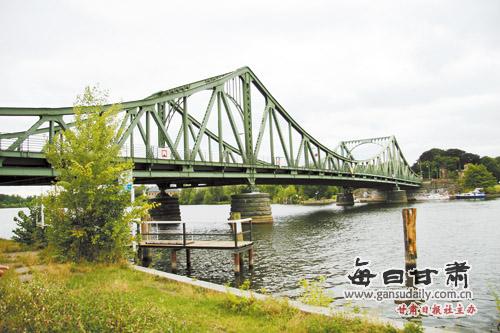 """兰州黄河铁桥作文_【兰州故事】百年后的追寻:在德国寻找""""黄河铁桥""""的故事"""