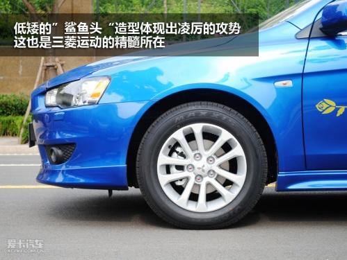 试驾2011款东南三菱翼神高清图片