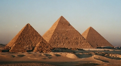 香港学者在金字塔内发现建造者标记