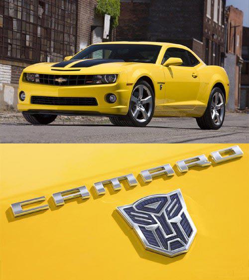 大黄蜂的原型是雪佛兰跑车camaro高清图片