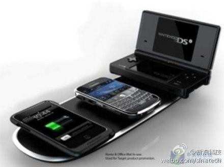 把手机放到无线充电器上即可充电-无线充电器大量上市 被指充电速度慢图片