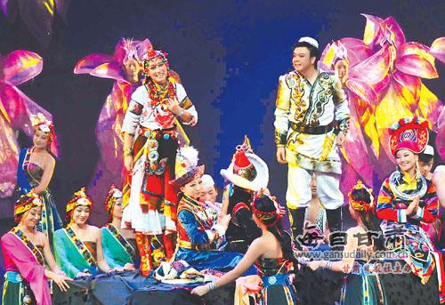 ...剧院原创的音乐剧《花儿与少年》在上海大剧院演出.本报记...
