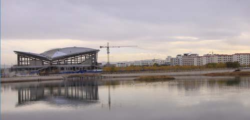 玉门市体育馆已完成主体框架及网架安装工程
