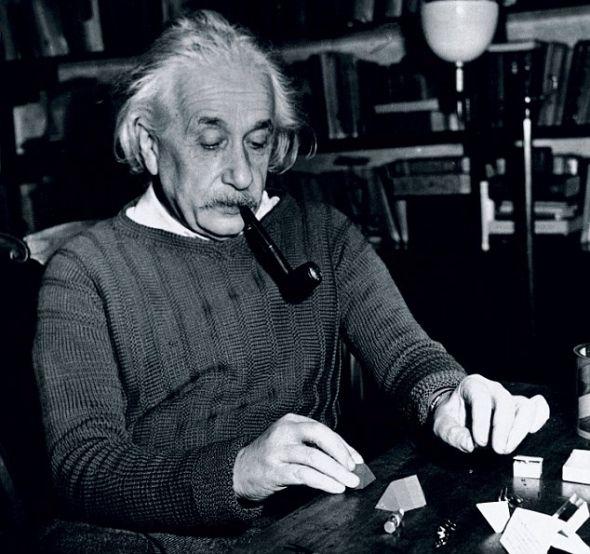 爱因斯坦/美国科学家迪安/法尔科和同事首次对爱因斯坦的整个大脑皮层进行...