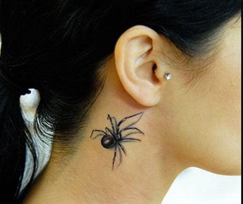纹身不仅仅限于男人,女人纹身如果恰到好处也是一种