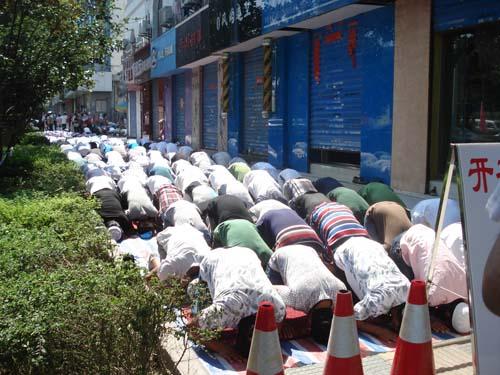 合肥市穆斯林欢度开斋节图片
