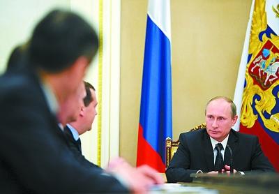 普京表示暂时放弃反制裁措施