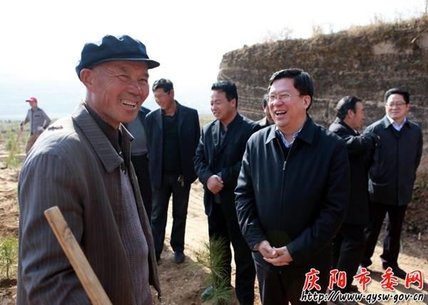 夏红民调研指导华池县党的群众路线教育实践活