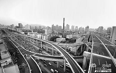 乌鲁木齐市克拉玛依路五层高架桥俯瞰图