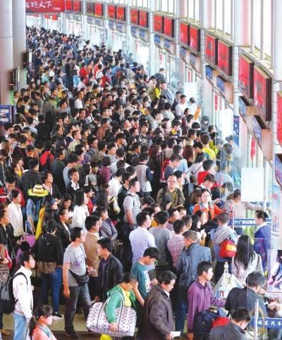 地址:延庆张山镇森林旅游区公交:920路门票:50元,学生和70岁以上老年