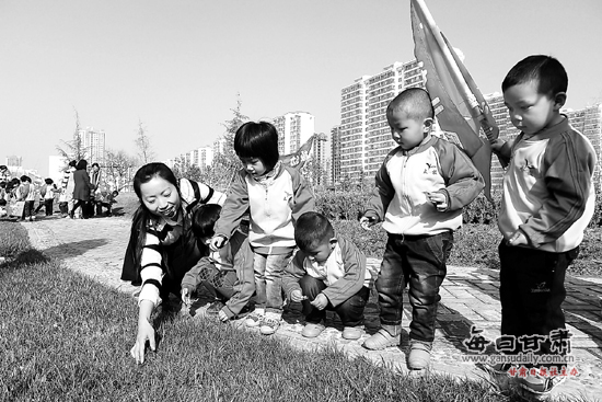 """永靖县幼儿园开展""""清洁家园·争做环保小卫士""""活动"""