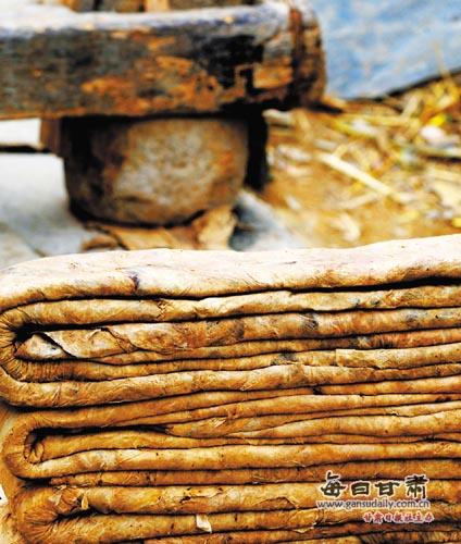 【西部地理】康县李家山:构树皮造纸工艺再现《天工