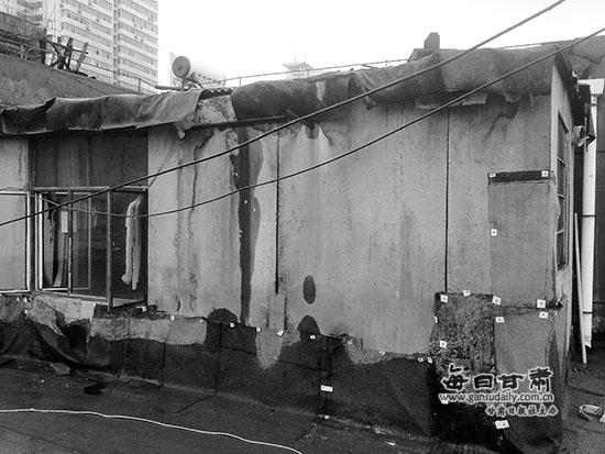 蘭州:頂樓居民加蓋房屋破壞防水層 樓下住戶遭殃