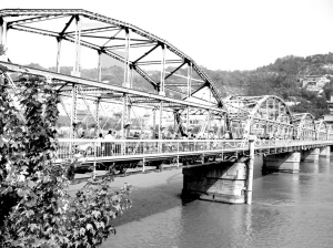 天下黄河第一桥百年风采