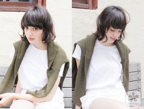 外国人风的超可爱娃娃短发,改良版的时髦波波头.