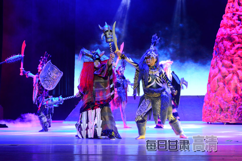 歌舞剧《女神·西王母》首演(高清组图)
