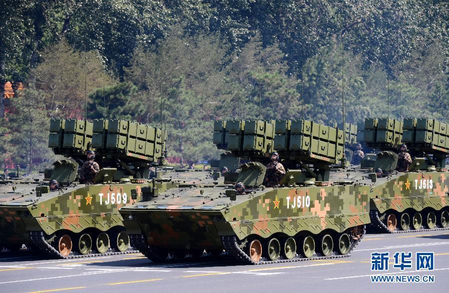 """红箭-10多用途武器系统:""""陆战之王""""的克星"""