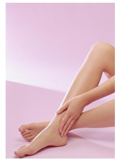 汉碧丝瘦脚,造就娇小可爱,白皙粉嫩的芊芊美足