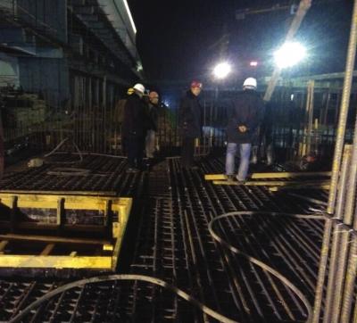 兰州西客站地铁2号线主体结构封顶