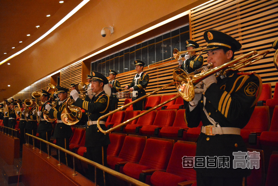 军乐队演奏国歌