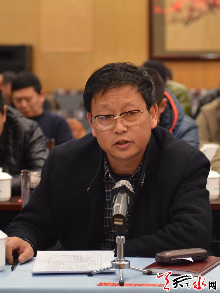 甘肃经济日报驻天水记者站站长丁晓刚.JPG
