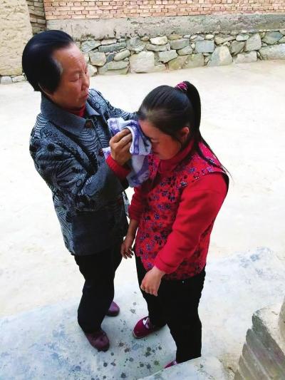 甘肃靖远县张玉仙-靖远一对夫妇悉心照顾智障养女31年