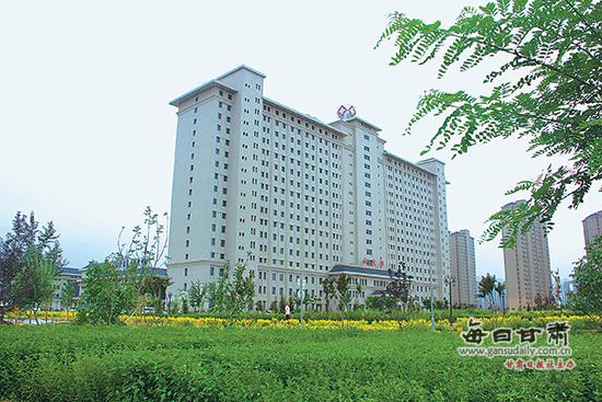武威市人民医院新建的住院部大楼.图片