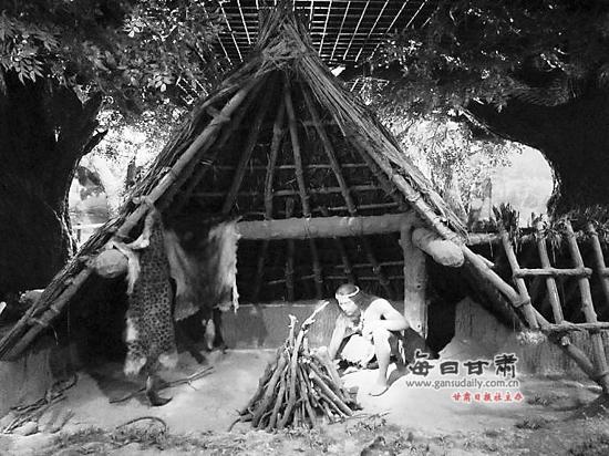兰州/兰州彩陶馆模拟的远古先民生活场景