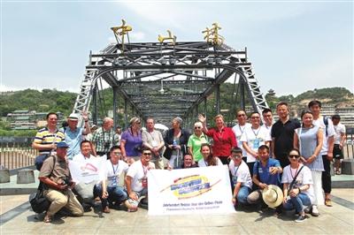 德国友人探访中山铁桥