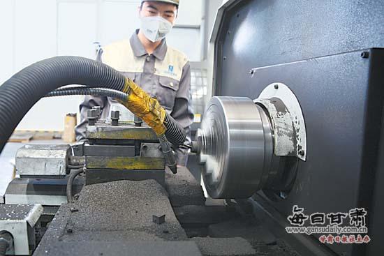 甘肃新西北碳素科技有限公司研发的飞机复合材料刹车片向国家相关机构