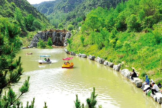 礼县翠峰观自然风景区成避暑圣地
