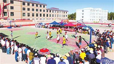 """和政县举行第四届""""宁河杯""""大学生篮球赛"""