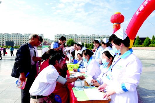 平川区开展安全用药月活动