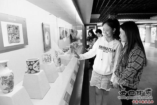 """华亭县博物馆举办""""陶魂瓷韵""""陶瓷文物展"""