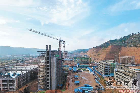 正在建设的庆城县新区医院
