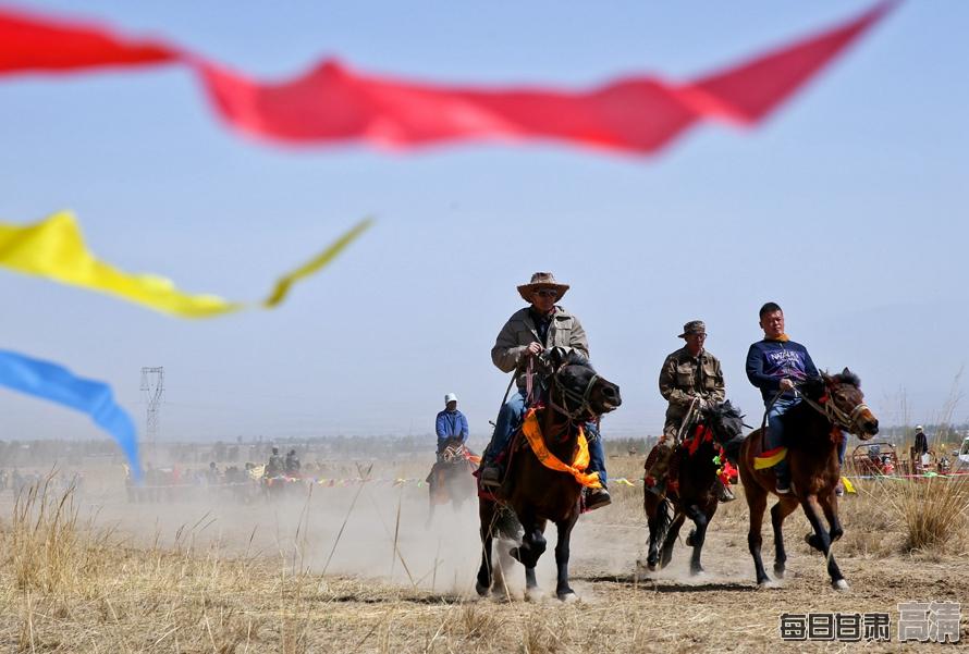 肃南:春风送暖马蹄疾(组图)