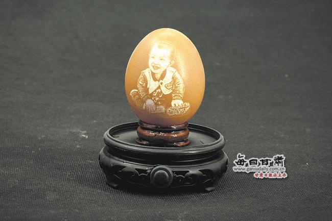 【人物】蛋壳上的大千世界