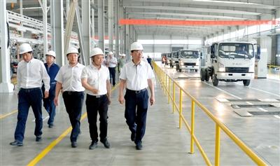 李沛兴调研嘉峪关市工业企业发展情况